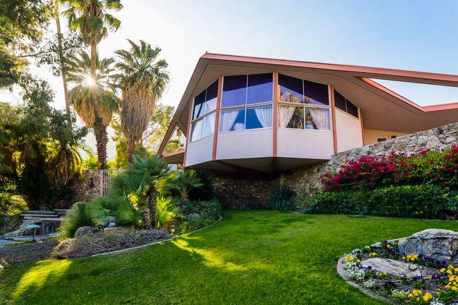 【スライドショー】ジョー・コッカーが売りに出した家や、エルビスの新婚旅行の館など - WSJ.com