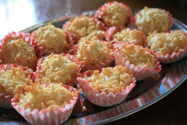 Soft Coconut Macaroons