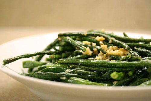 Stir Fried Chinese Long Beans Recipe with oyster sauce, ginger, and sesame oil