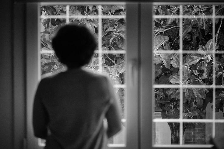 #soulful_bnw  #edits_bnw #bnw_lombardia #bnw_planet_2017 #bw_perfect #bnw_rose #bw_divine #top_bnw_photo #passion_for_bnw #capturabnw  #masters_in_bnw #bnw_madrid #amateurs_bnw #world_bnw  #rain  #macro #macroworld #macroshot #woman #femme #window