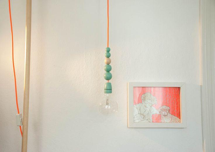 Textilkabel Lampe mit Schalter, Stecker und Kugeln von utopias auf DaWanda.com