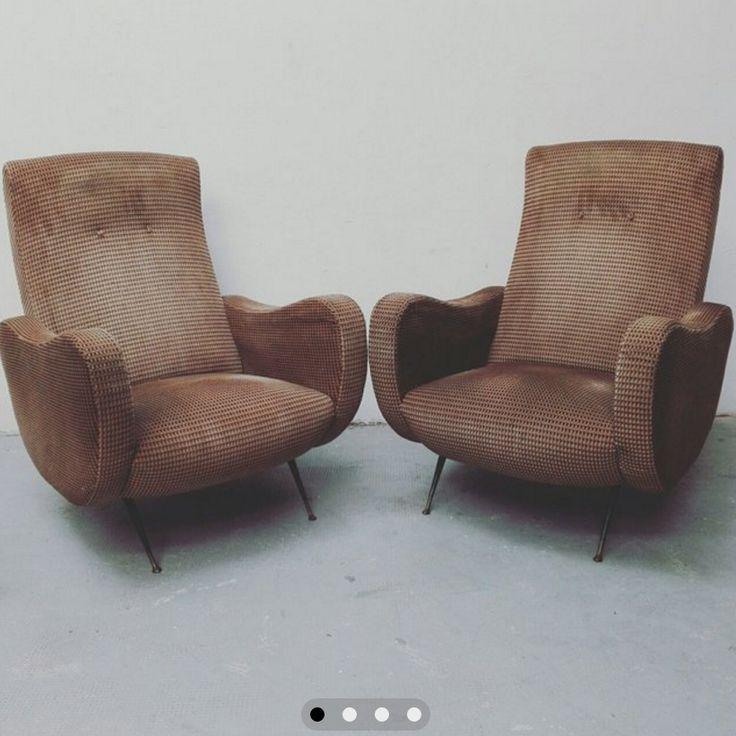 [1.000€] Coppia di poltrone anni 50 in tessuto con zampe in ottone perfettamente conservate. #magazzino76 #viapadova76 #milano #vintage #modernariato #antiquariato #design #industrialdesign #furniture #mobili #modernfurniture #sofa #poltrone #divani #arredo #arredodesign #anni50