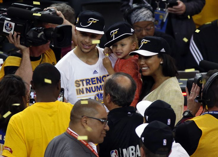 Steph curry 39 s wife trolls cleveland fans with picture of for Does steph curry have tattoos