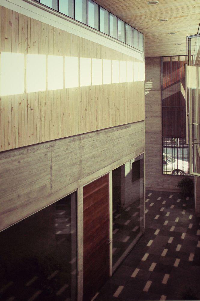 Galería de Edificio Administrativo Curricular Liceo María Auxiliadora / Surco Studio - 9
