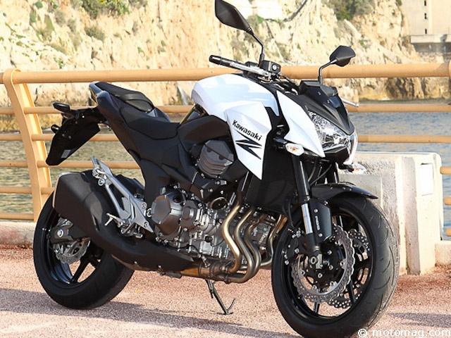 Kawasaki Z 800 : le roadster des verts revient aux affaires    Roadster mid-size, la Kawasaki Z750 a toujours eu un positionnement curieux : 1ère des ventes, mais à la peine durant nos comparatifs. Lire l'article http://www.motomag.com/Kawasaki-Z-800-le-roadster-des-verts-revient-aux-affaires.html