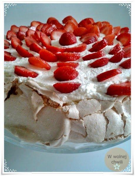 Pavlova - Tort bezowy z truskawkami
