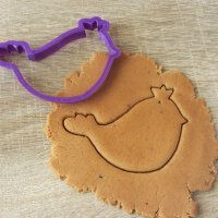 """Cookie cutter """"A bird with a crown"""""""