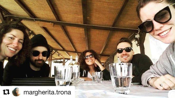 #Repost @margherita.trona  Il pranzo delle 4. #sunday #lunch #lake #trasimenolake #viaggioni