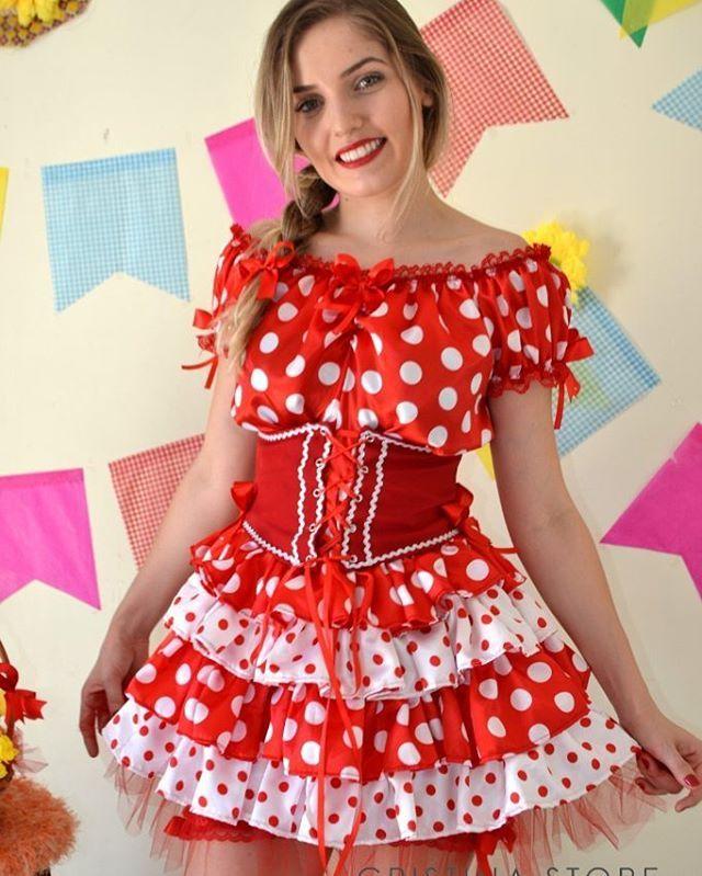 Meninas, o que vocês acham desse modelinho de vestido caipira com corpete lindoo…