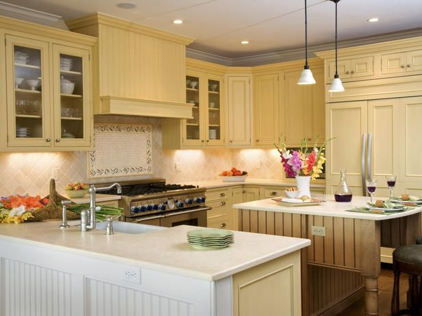 love buttery yellow kitchens