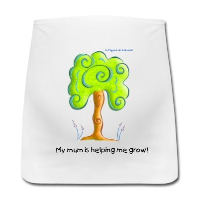 My mum is helping me grow! Cute tree pregnant, maternity girdle.