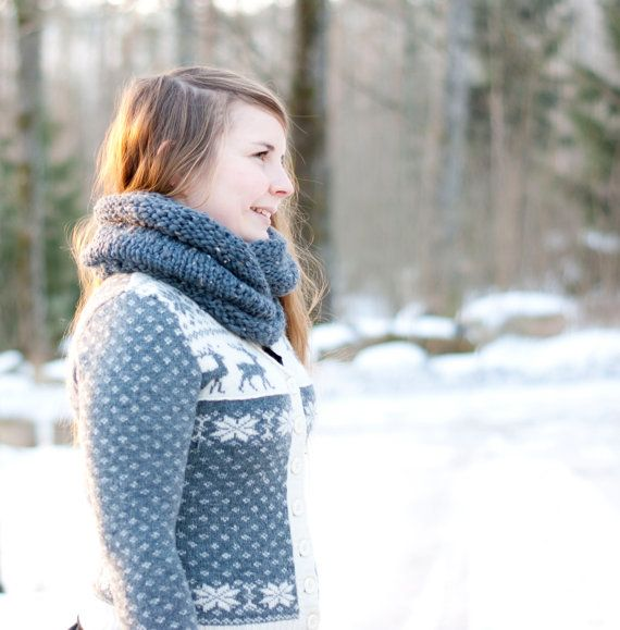 Snood infinity scarf in gray with rolled edge. Hand knit, cozy and warm. €50.00, via Etsy.