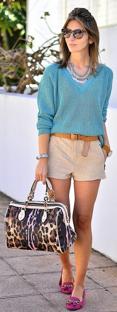 Beige Suede Shorts Outfit Idea