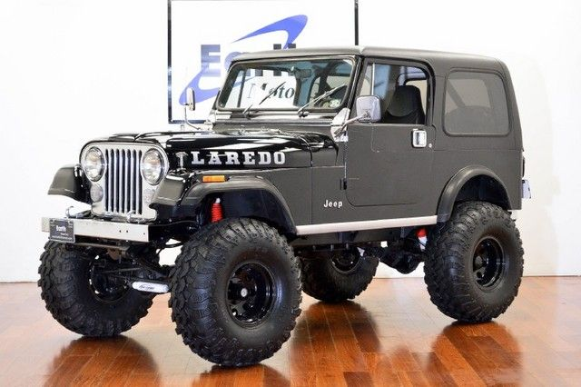 1986 Jeep CJ Laredo