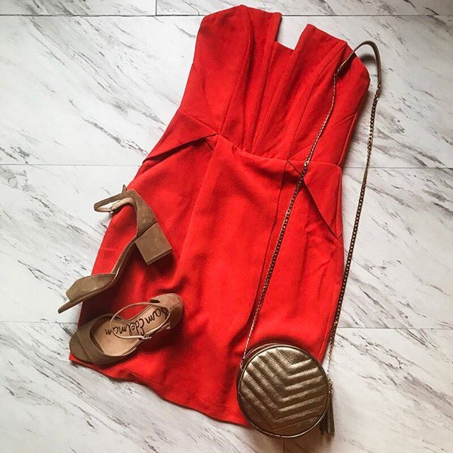 Adelyn Rae has your next special occasion outfit covered with this structured, red hot mini. Go for neutral accessories and let the dress do the talking! #shopatl #atlantaboutique #shopsmall #shoplocal #stayHIP #handinpocket #summertrends #ootd #outfitinspiration #flatlay #littlereddress #dressyoutfit #specialoccassion #ladyinred #blockheel #circlebag #datenight