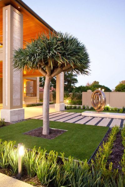 Distinctive Designs can handle your garden landscape design in Gauteng from concept to installation. We believe that design is the cornerstone of any landscape and if you want your outside area to flourish you will need to make use of the right plants, irrigation systems and maintenance plans, but that's not all. You will also need to have a layout/design which is simply ideal.