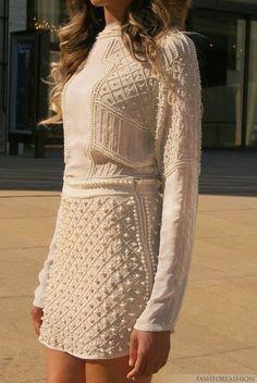 Street styles   Chic dress