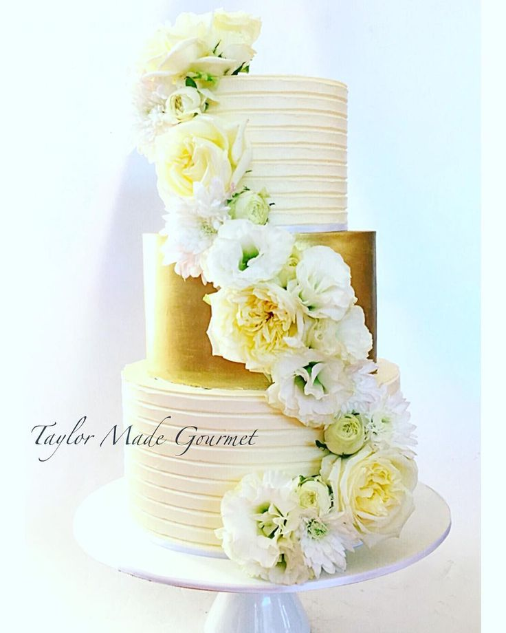 wedding cakes essendon 34836 best cakes amp cupcakes images on petit 24321