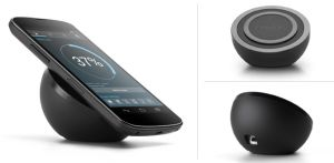 After a long wait since it was announced, Google finally made the Nexus 4 wireless charger available for a price of $59.99 for US and Canada only. This state of the art charger uses the revolutionary Qi wireless technology that charges the phone's battery without having to plug the phone into