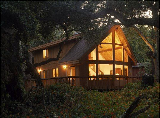 modern a-frame, lindal cedar homes, a-frame, prefab housing, kit home, green architecture, sustainable building