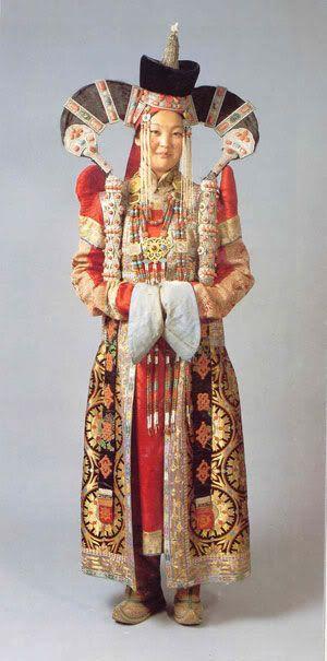 mongolian wedding costume.