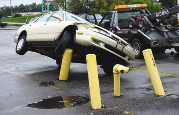 Got the Scoop - 25 Incredibly Bizarre Car Accident Photos | Complex