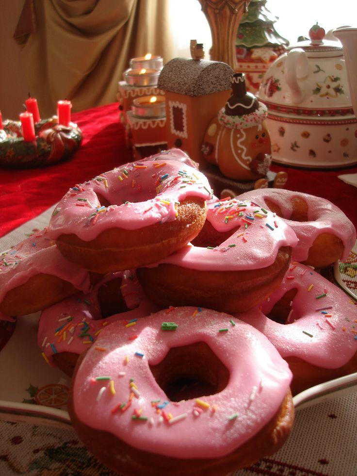 https://flic.kr/p/RkjYcZ   donuts)