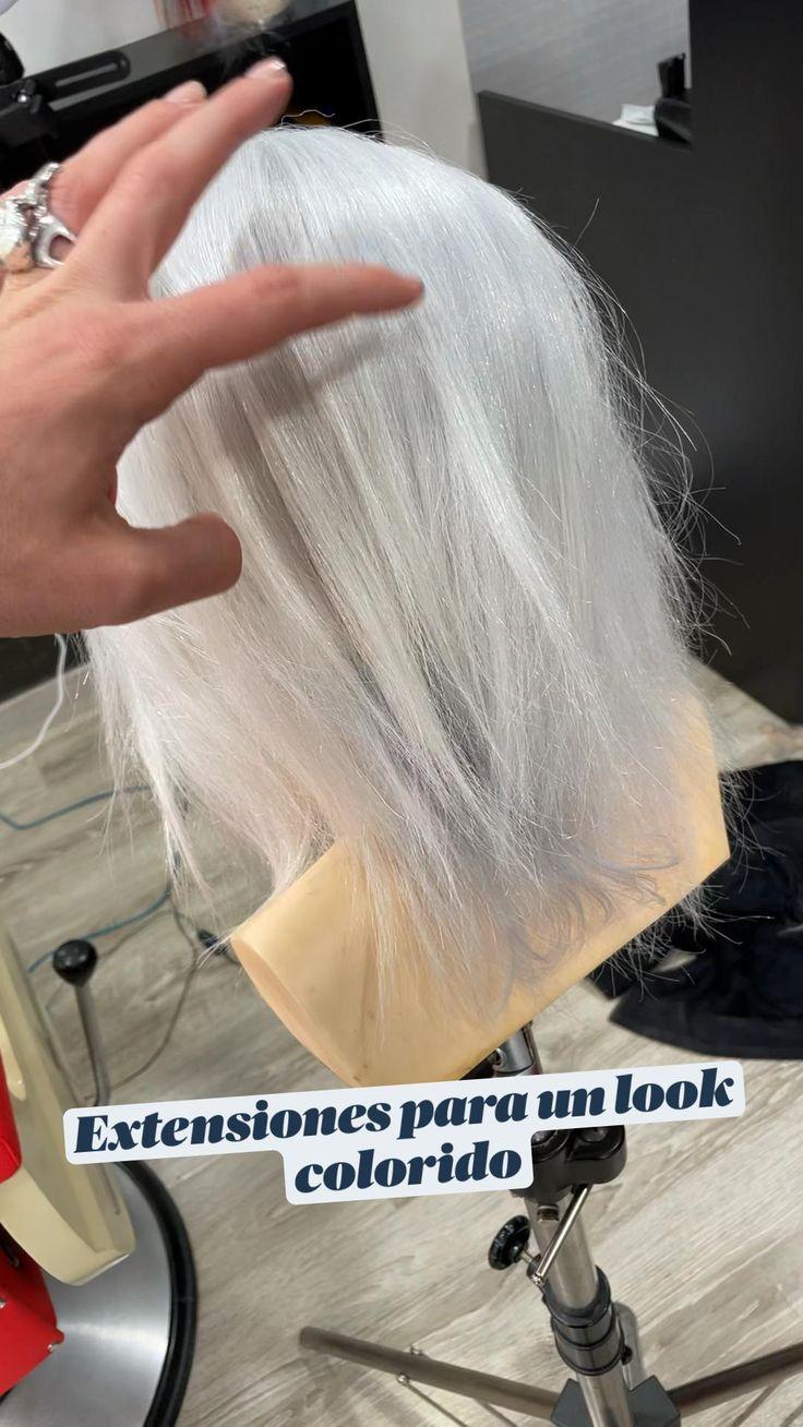 Color Fantasia, Casual Hairstyles, Fiesta Party, White Hair, Hair Cuts, Tulle, Hair Color, Hair Accessories, Long Hair Styles