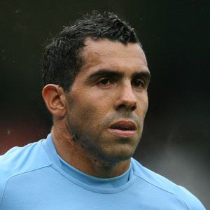 A nasty, scar-faced Twonk, Carlos Tevez has made himself unpopular the world over. Money hungry lay about, he really IS that twat from Argentina. 2.5/5 on the Scumbag Scale