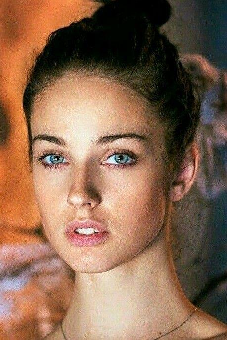 1a2c032834 Pin de Javier Benavides en Rostros hermosos. | Beauty women, Beautiful  women y Lovely eyes