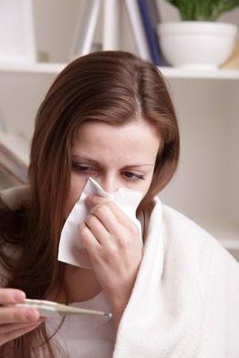 Gripe A - As formas de transmissão da gripe A são semelhantes à de qualquer outra gripe, A gripe A, ou gripe suína como era reconhecida até 30 de abril de 2009, é causada pelo vírus Influenza tipo A/H1N1 modificado, denominado A/CALIFORNIA/04/2009. Esse, resultante da união de material genético de cepas da gripe humana, aviária e suina; extrapolou a barreira de espécies e passou a atingir seres humanos.