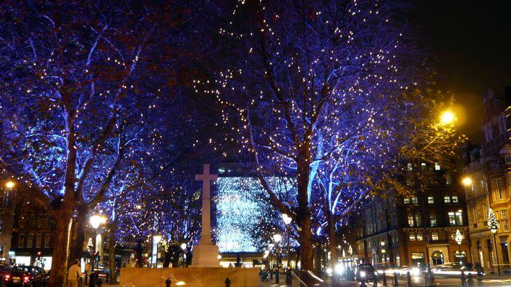 Christmas lights in Sloane Square