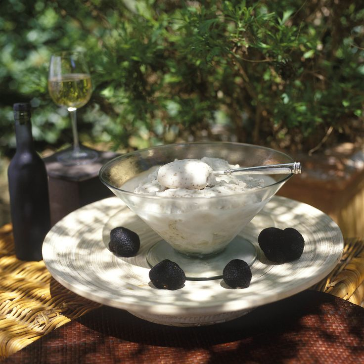 Granite Champagne et Truffes Tuber Melanosporum