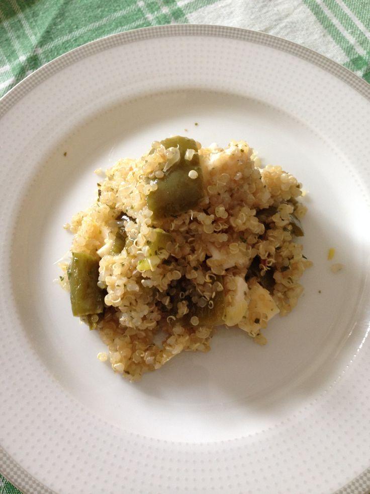 insalata di quinoa con caprino,peperoni,cipollotto e pompelmo