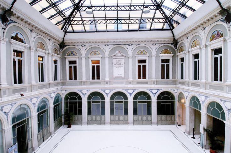 L'equilibrio perfetto tra storia e innovazione. Ecco la decorazione interna di Palazzo Galli (Piacenza) effettuata dall'abile mano di Alberto Noveri.