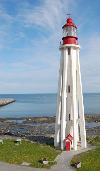Pointe-au-Père Light Bas-Saint-Laurent Québec Canada48.517418, -68.468986
