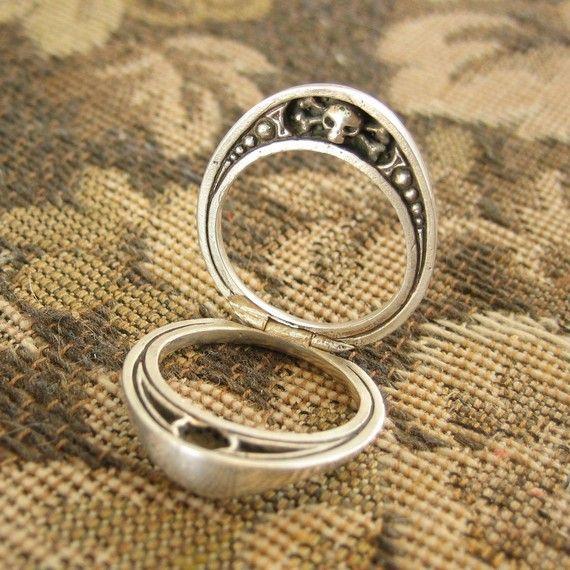 hidden Memento Mori ring