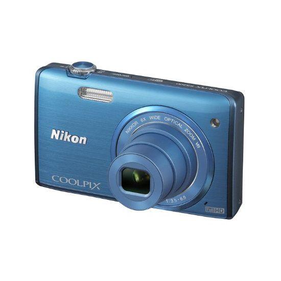 Kit Camara Digital Nikon Coolpix S5200 16Mpx Azul en  http://www.opirata.com/camara-digital-nikon-coolpix-s5200-16mpx-azul-p-19659.html