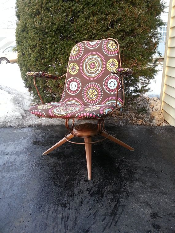 Love the chair, hate the new upholstery. HOMECREST Retro Chair, 1960'S, Eames Era, Metal, Wire, Copper Chair, Office Chair,  Vintage, Mid Century Modern, Swivel Patio Lounge Chair