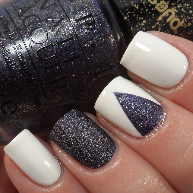 NIce way to use the textured polish as an accent. Instagram photo by carlysisoka .
