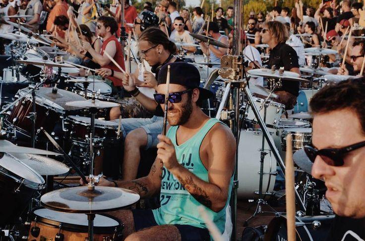 Fotografie di Chiara Arrigoni. Rockin'1000 - Cesena, 26 Luglio 2015. Learn to Fly, Foo Fighters. #rockin1000 #learntofly #foofighters #cesena #live #fabiozaffagnini