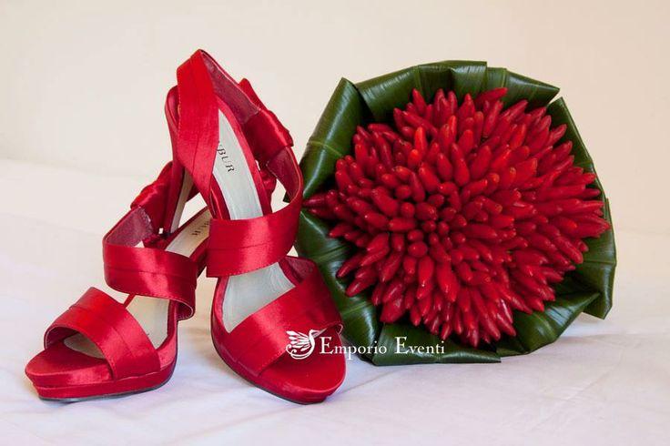 Bouquet peperoncini #weddingflowers   #fiori #fiorito # #flowerdesign   #flower