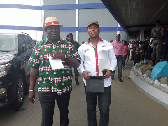 Apologize to Nigerians for not fulfilling your decorated Change Promises  AIbom PDP Publicity Sec by @atuekongpaul   L-R Obong Paul Ekpo PDP Chairman and Barr. Ini Ememobong Publicity Secretary PDP Akwa Ibom State during South South Zonal Congress in River State.  By Atuekong Paul Bassey -The Publicity Secretary of Peoples Democratic Party Akwa Ibom State Chapter Comrade Ini Ememobong has urged the Federal Government led All Progressive Congress (APC) to openly apologize to Nigerians for not…