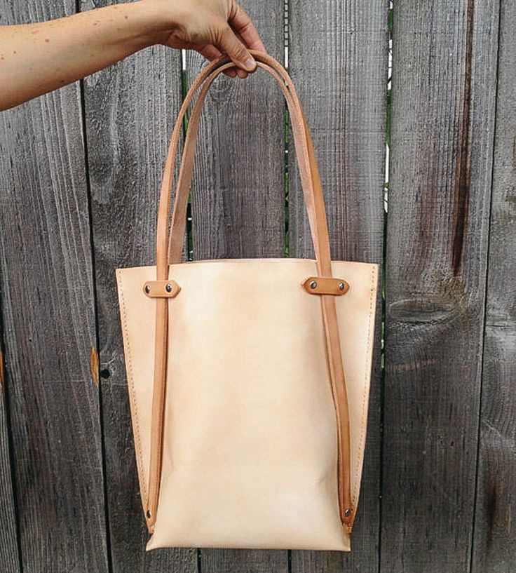Leather Eddy Tote Bag | Women's Bags & Accessories | Hunter Pass