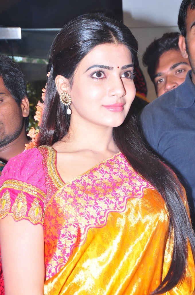 Cute Actress Samantha Ruth Prabhu Latest Photo Gallery at Womens World Showroom Launch, More at www.localmovies.in
