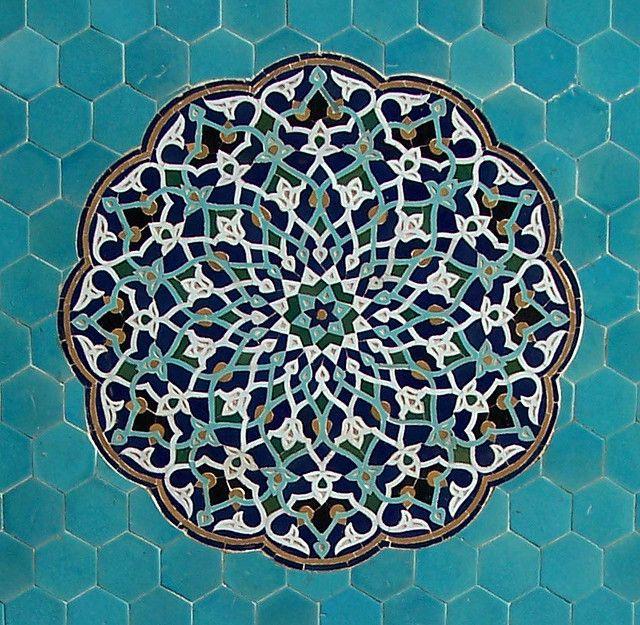 Arabesque tile mosaic at the Jāmeh Mosque of Yazd, Iran, 12th. c; [retrieved from http://m.flickr.com/#/photos/sebastiagiralt/443817241/ (03/05/14)
