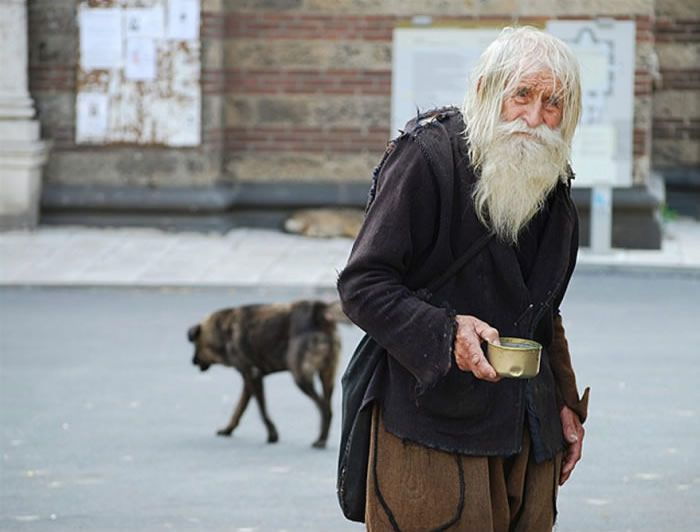 See This Old Man? Here's Why He Is One Of The Best People In The World  http://www.lifehack.org/articles/lifestyle/see-this-old-man-heres-why-one-the-best-people-the-world.html