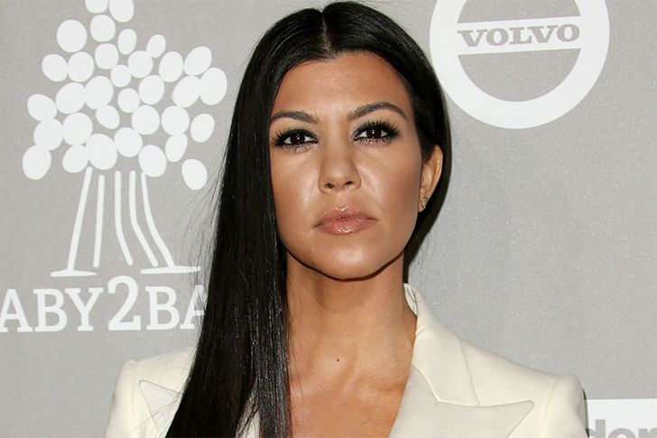 Most people think Kourtney is dumb because of her dumb remarks. But that's not true. Though she is not a genius but still measures at an above average level with an estimated 124 IQ