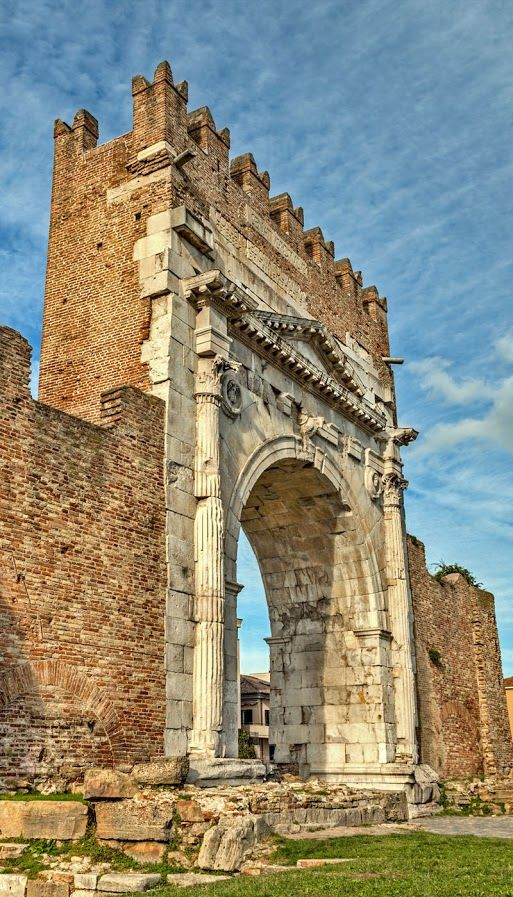 Arch of Augustus in Rimini, Italy. Copyright ermess