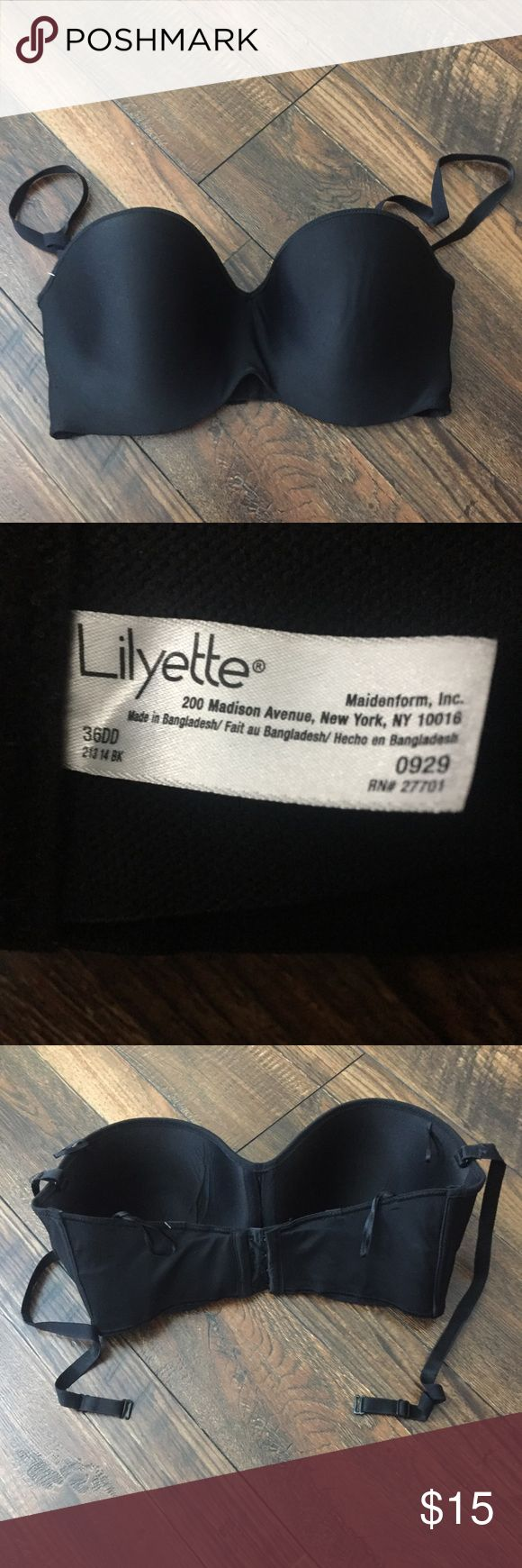 Lilyette Black Convertible 36DD Bra Lilyette Black Convertible 36DD Bra. Worn maybe four or five times. Full coverage cup. Four clasp back. Straps included. In excellent condition! Lilyette Intimates & Sleepwear Bras